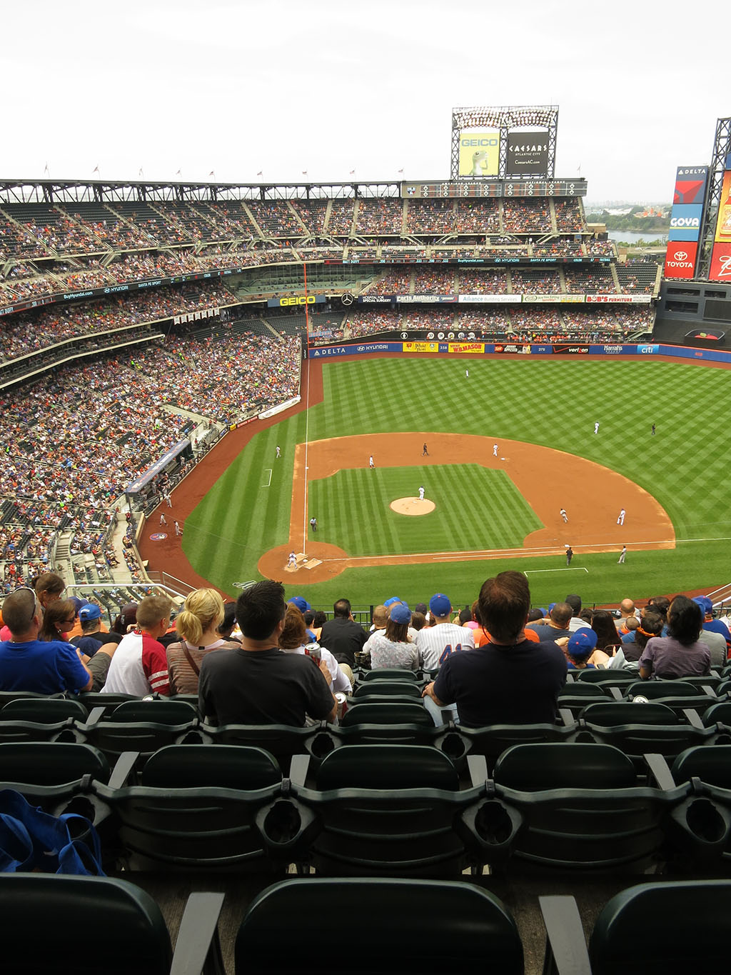 flushing_baseballdiamond